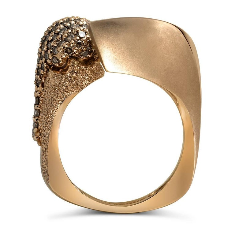 Alex Soldier Diamond Rose Gold Textured Crossover Bypass Ring One of a Kind In New Condition For Sale In New York, NY