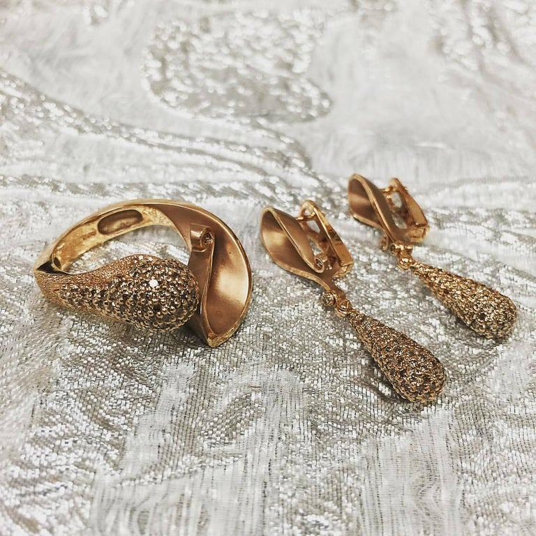 Alex Soldier Diamond Rose Gold Textured Crossover Bypass Ring One of a Kind For Sale 3