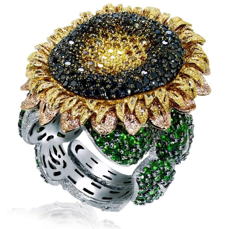 Round Cut Alex Soldier Diamond Tsavorite Garnet Gold Sunflower Ring