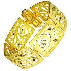 Alex Soldier Diamond Yellow Gold Contrast Texture Handcrafted Link Bracelet