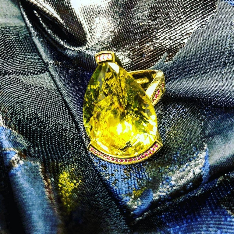 Alex Soldier Lemon Quartz Sapphire Hand-Textured Gold Swan Cocktail Ring For Sale 8