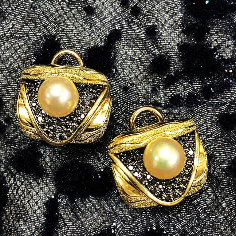 Alex Soldier Pearl Diamond Gold Textured Stud Earrings Cufflinks One of a Kind For Sale 4