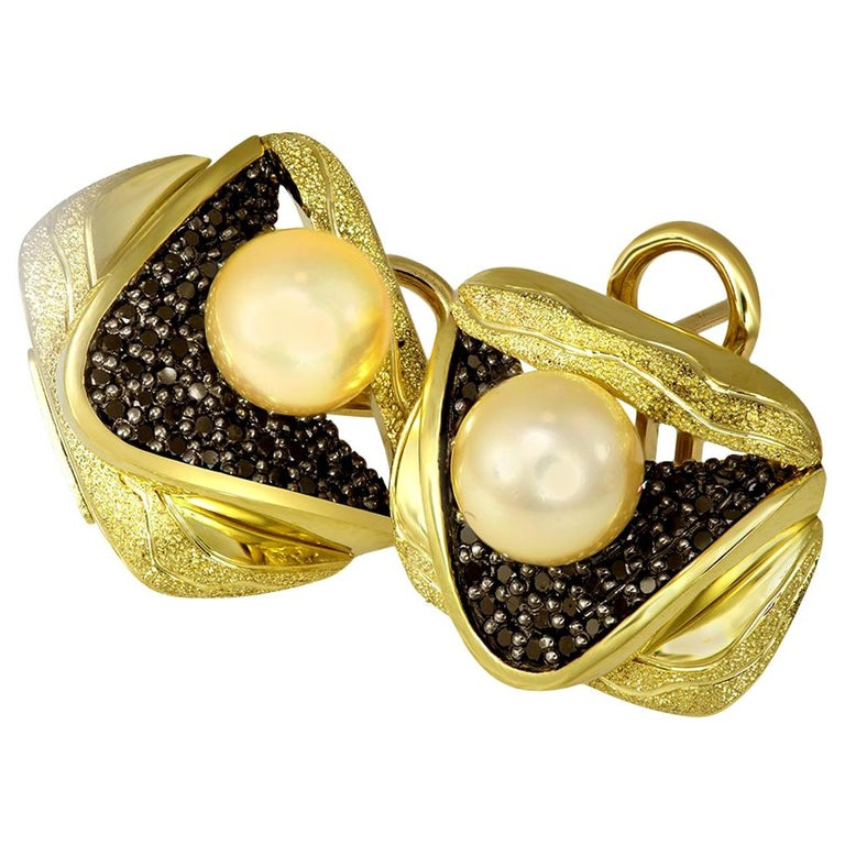 Alex Soldier Pearl Diamond Gold Textured Stud Earrings Cufflinks One of a Kind For Sale