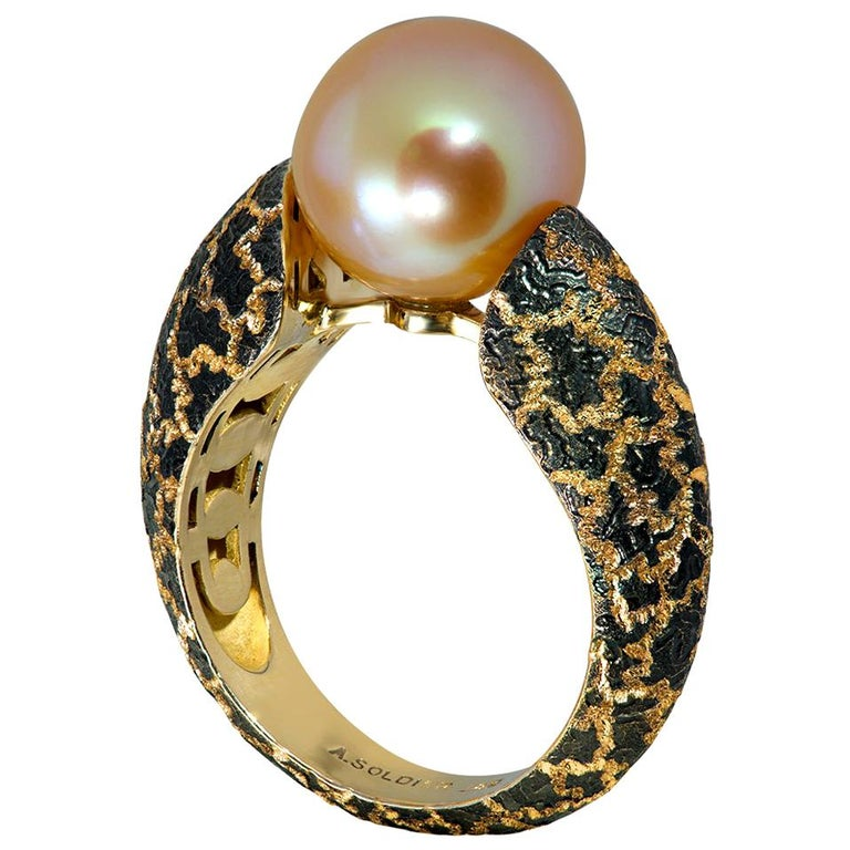 Round Cut Alex Soldier Pearl Hand-Textured Rose Gold Ring One of a Kind For Sale
