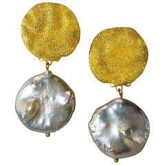 Alex Soldier Pearl Sterling Silver Gold Textured Drop Dangle Clip-On Earrings