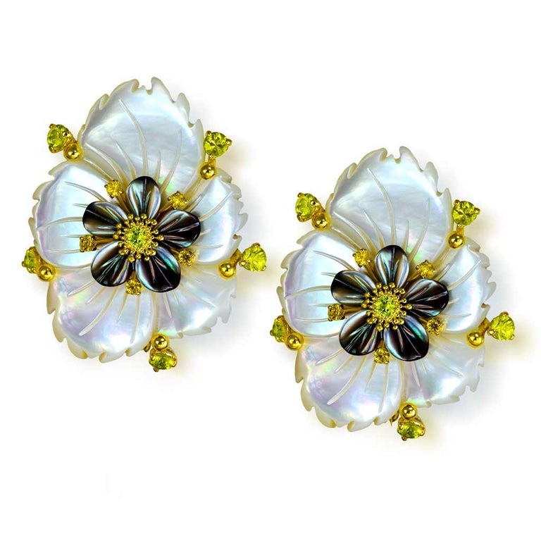 Alex Soldier Sapphire Onyx Carved Mother of Pearl Gold Convertible Earrings In New Condition In New York, NY