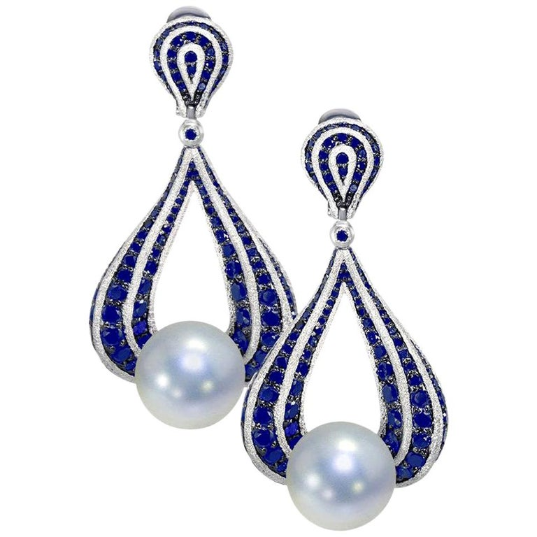 Alex Soldier Sapphire Pearl 18 Karat Gold Drop Textured Earrings One of a Kind For Sale