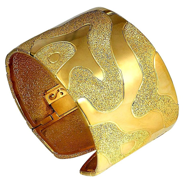 Alex Soldier Sterling Silver Yellow Gold Hinged Textured Cuff Bracelet For Sale