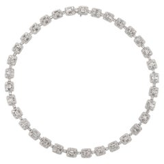 Alexander 18.75 Carat Diamond Illusion Set Necklace 18 Karat White Gold