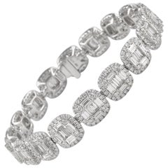 Alexander 9.73 Carat Diamond Illusion Set Bracelet 18 Karat White Gold