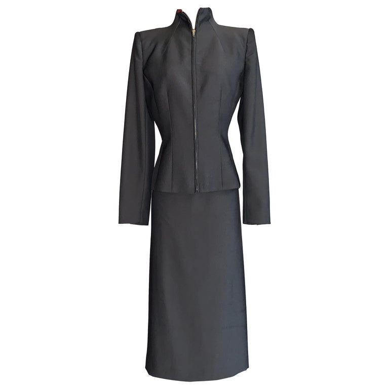 Alexander Mcqueen 1998 Joan Skirt Suit with Zippered Jacket and Logo Red Lining For Sale
