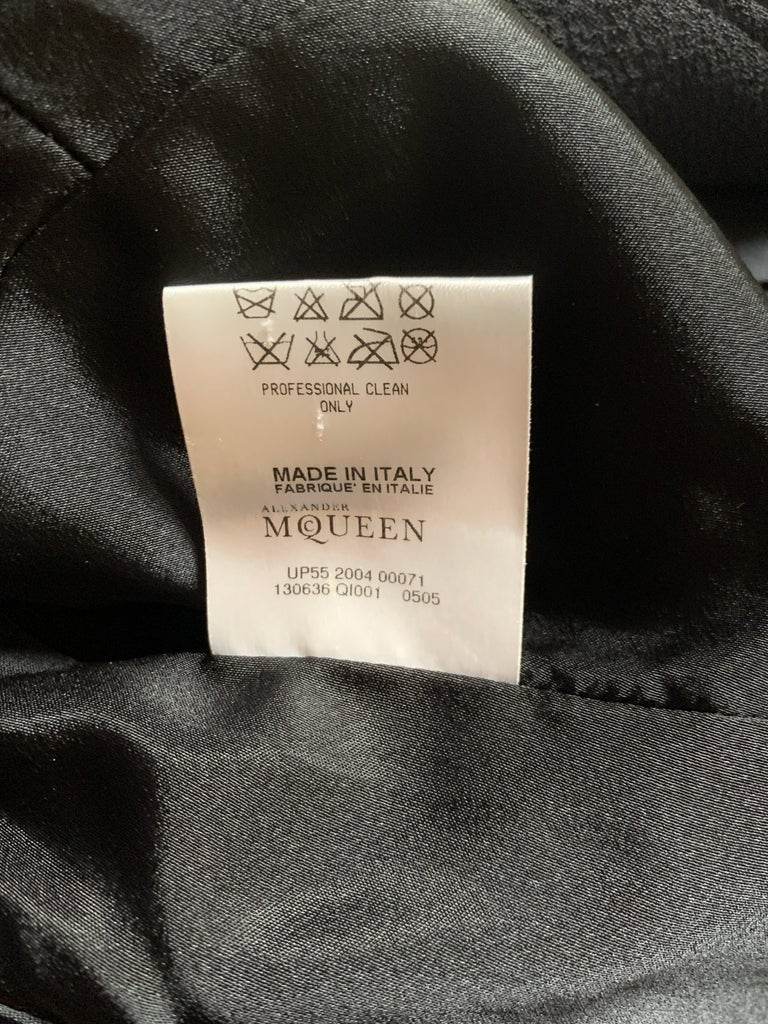 Alexander McQueen 2004 Black Tailored Jacket with White Stitch Detail For Sale 6