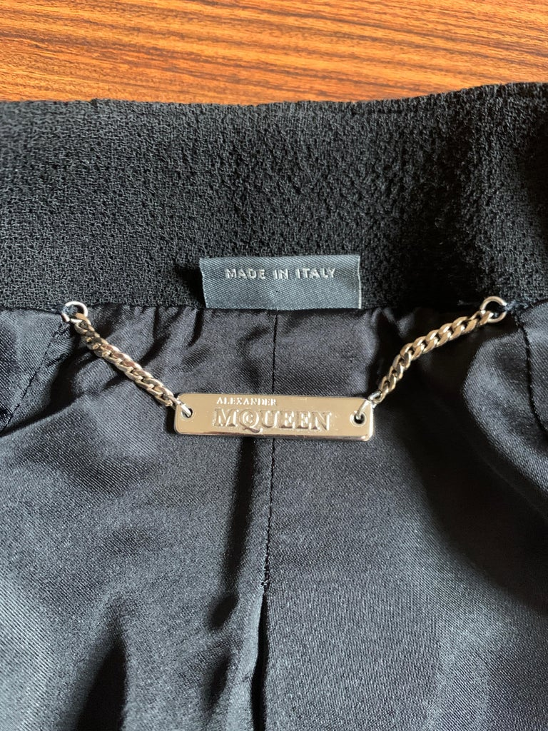 Alexander McQueen 2004 Black Tailored Jacket with White Stitch Detail For Sale 4