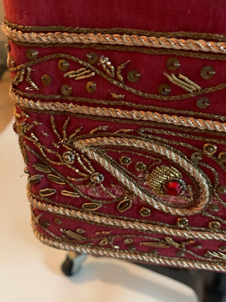Alexander Mcqueen 2004 Gold Embellished Burgundy Red Pencil Skirt  For Sale 4