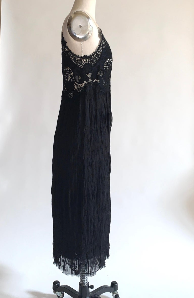 Women's Alexander McQueen 2005 Black Lace and Crinkle Pleat Silk Dress For Sale