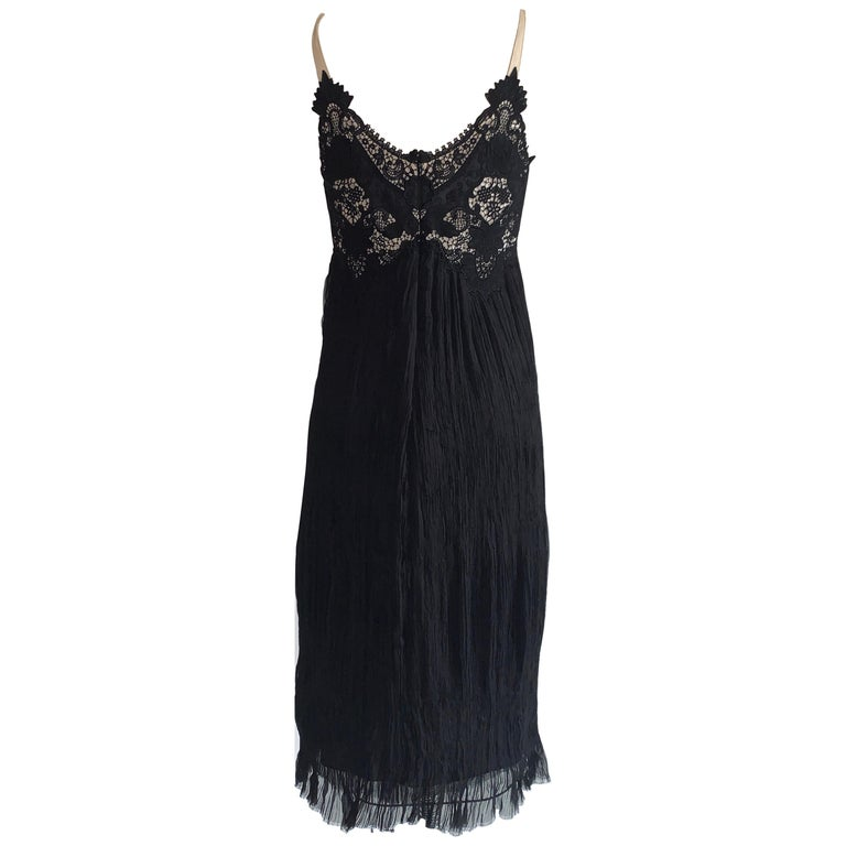 Alexander McQueen 2005 Black Lace and Crinkle Pleat Silk Dress For Sale