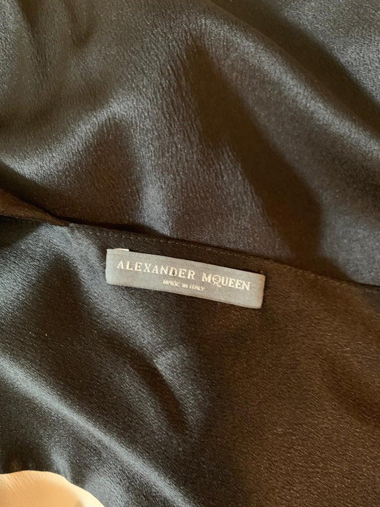 Alexander McQueen 2008 Black and Nude Silk Asymmetrical Drape Dress  For Sale 2