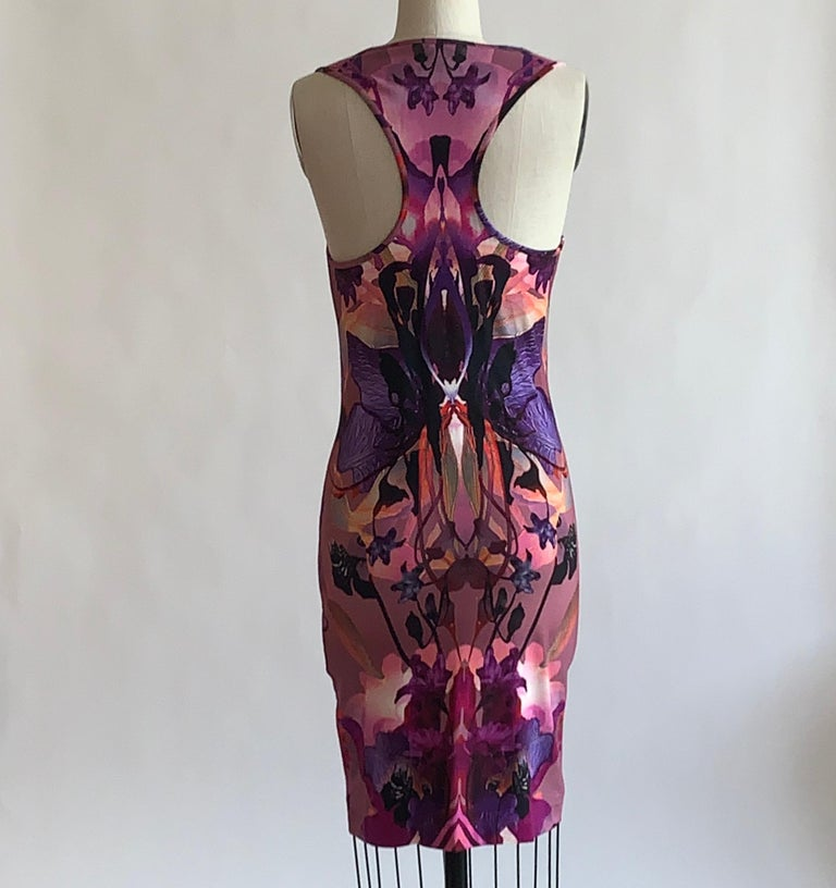 Alexander McQueen 2010 Pink and Purple Orchid Digital Print Dress In Excellent Condition For Sale In San Francisco, CA