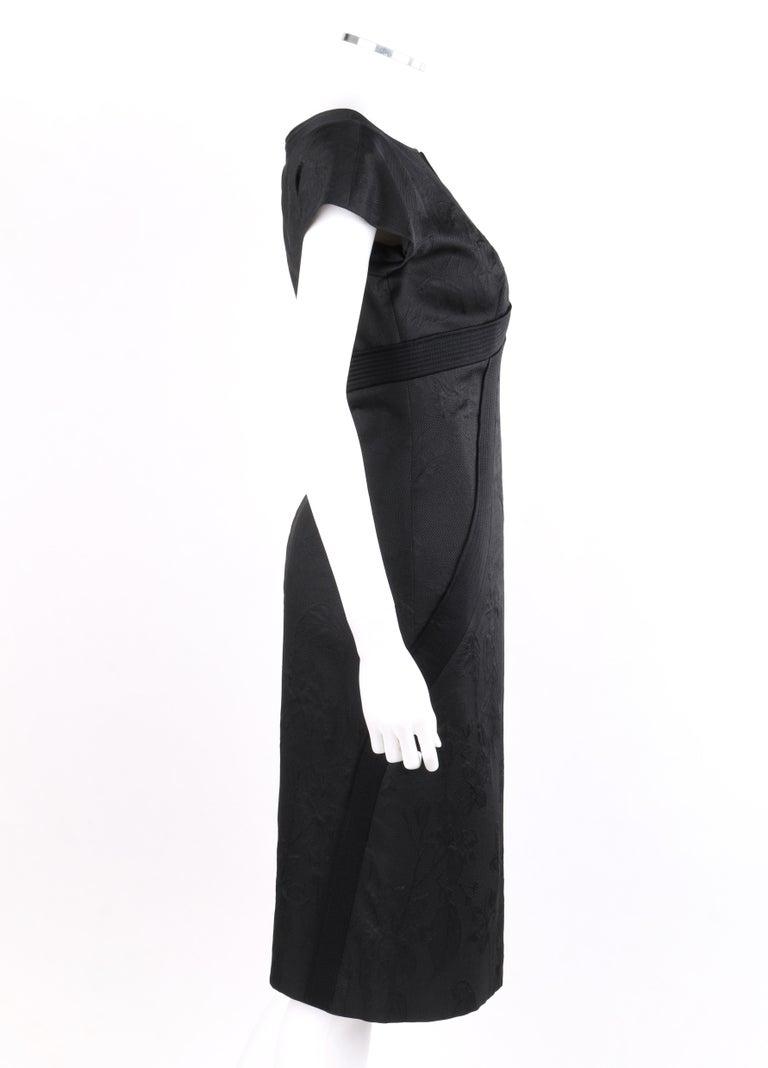 "ALEXANDER McQueen A/W 2006 ""Windows of Culloden"" Black Brocade Birds Silk Dress In Good Condition For Sale In Thiensville, WI"