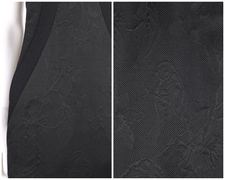 """ALEXANDER McQueen A/W 2006 """"Windows of Culloden"""" Black Brocade Birds Silk Dress For Sale 2"""