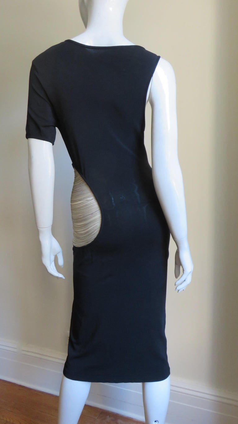 Alexander McQueen Asymmetric Dress with Chain Cut out For Sale 9