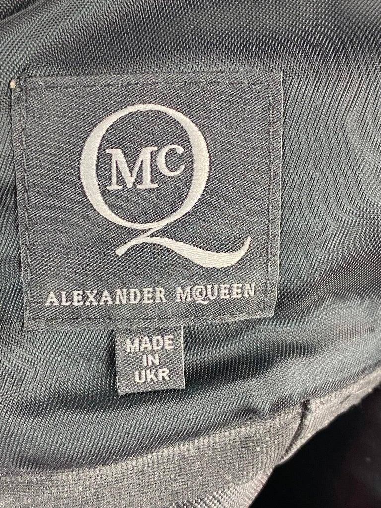 Alexander McQueen Black and White, Grey Sleeveles Open Back Midi Dress  For Sale 4
