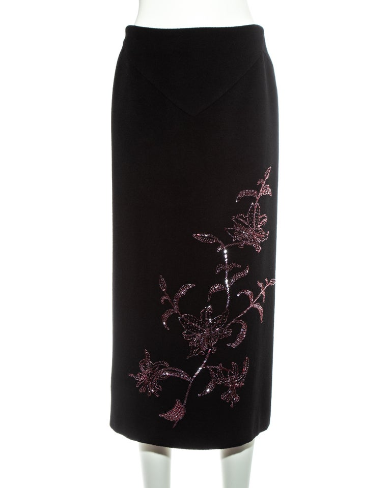 Alexander McQueen black cashmere pencil skirt with red floral beading, fw 1998 For Sale 4