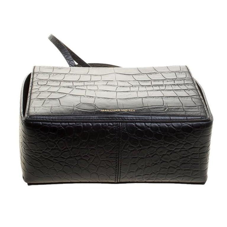 Alexander McQueen Black Croc Embossed Leather Box Shoulder Bag For Sale 1