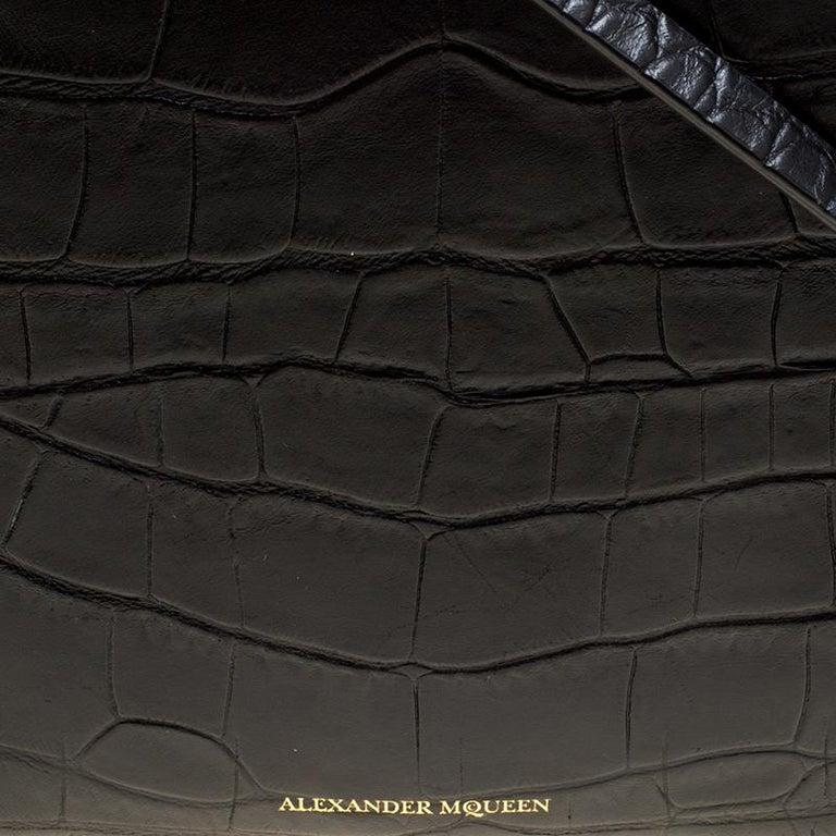 Alexander McQueen Black Croc Embossed Leather Box Shoulder Bag For Sale 2