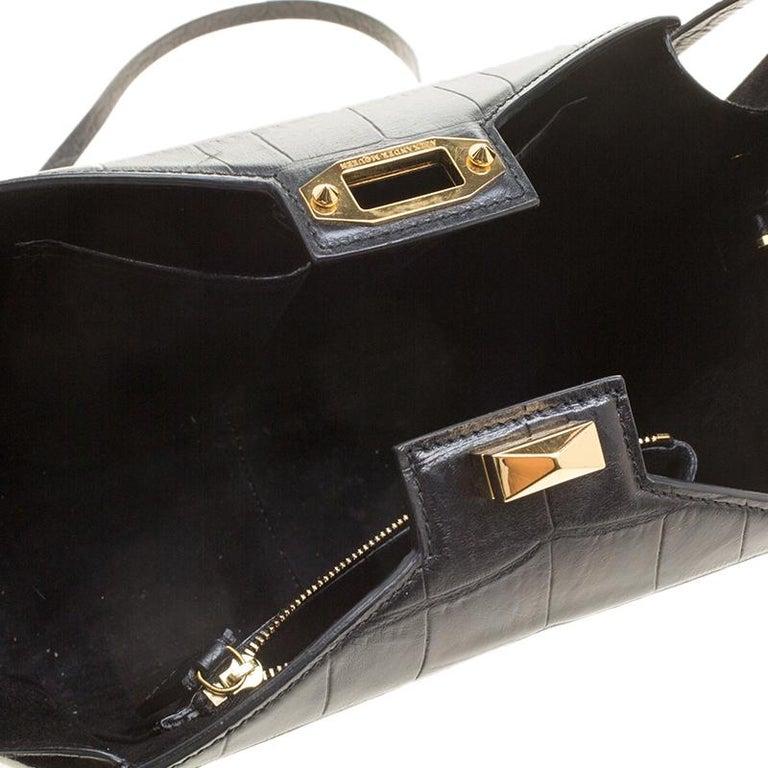 Alexander McQueen Black Croc Embossed Leather Box Shoulder Bag For Sale 3