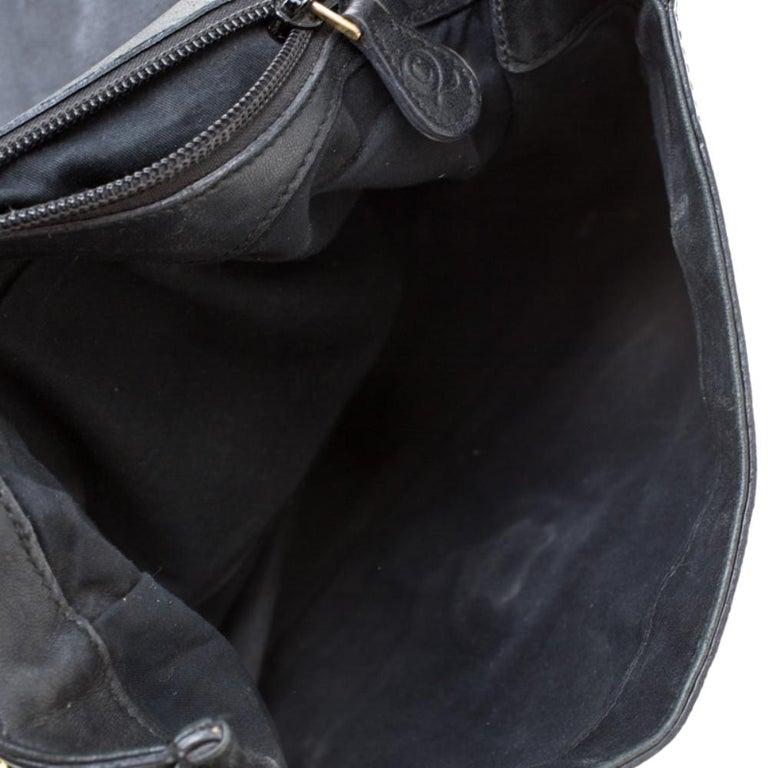 Alexander McQueen Black Croc Embossed Leather Flap Chain Shoulder Bag For Sale 4