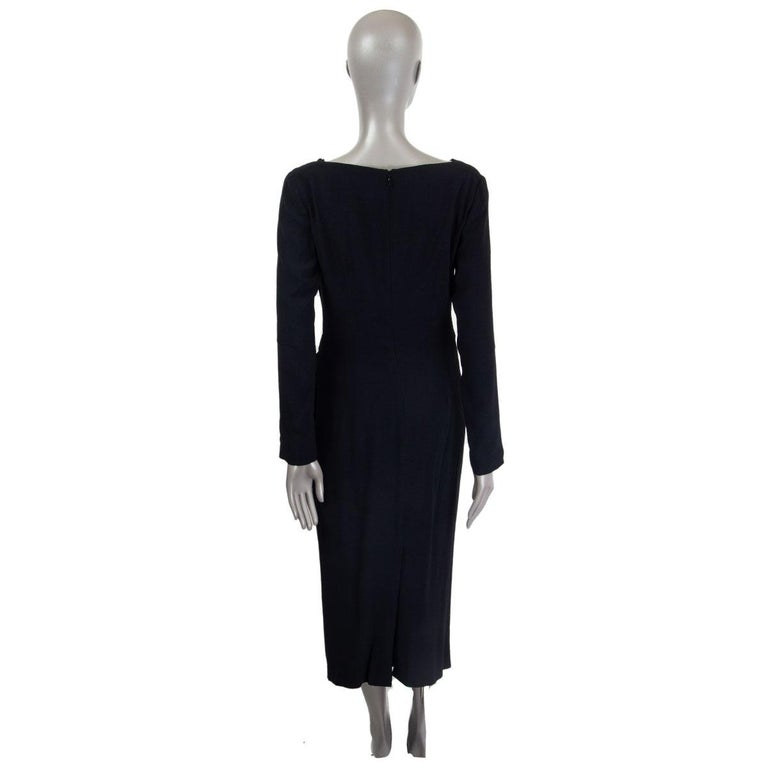 ALEXANDER MCQUEEN black DRAPED Long Sleeve Cowl Neck Dress 44 L In Excellent Condition For Sale In Zürich, CH