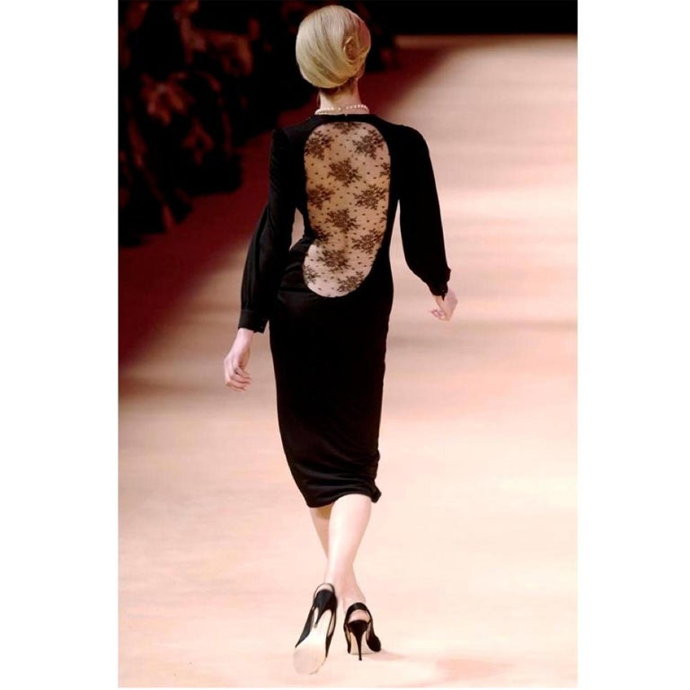 Alexander McQueen Black Dress With Low Lace Back 2005 The Man Who Knew Too Much In Excellent Condition For Sale In Portland, OR