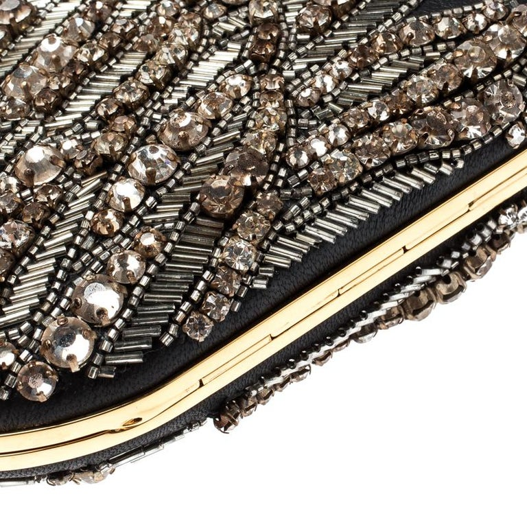 Alexander McQueen Black Embellished Clam Chain Clutch For Sale 4