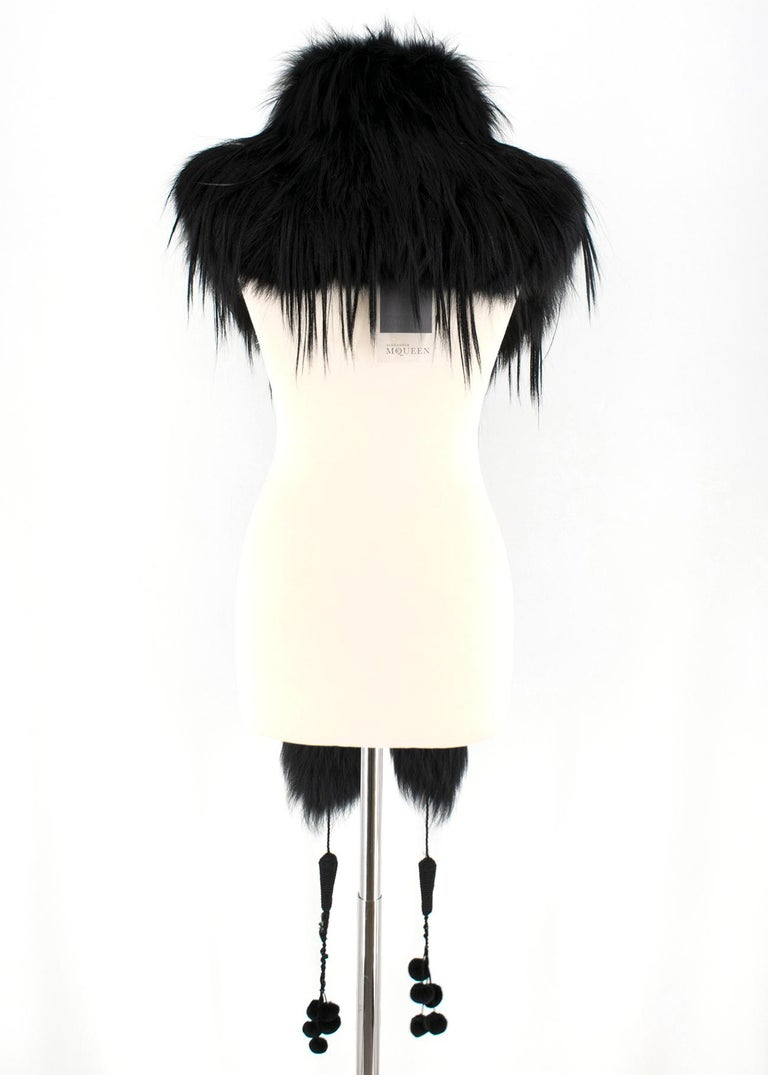 Alexander McQueen Black Fur Cape Scarf In Excellent Condition For Sale In London, GB