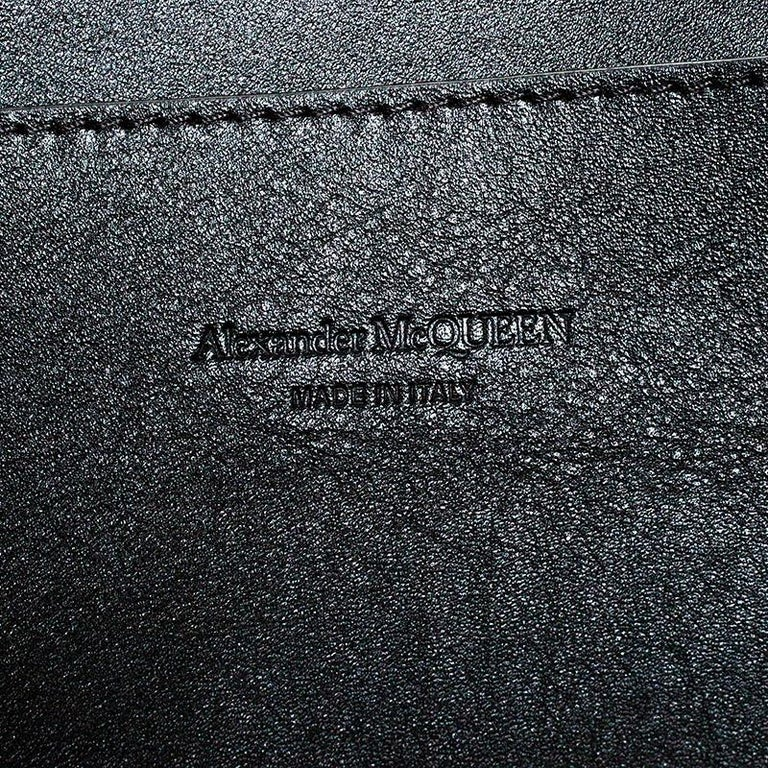 Alexander McQueen Black Leather De Manta Tote For Sale 6