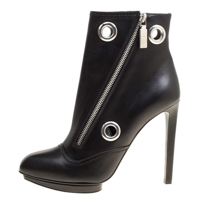 Alexander McQueen Black Leather Eyelet Detail Ankle Boots Size 38.5 For Sale 1