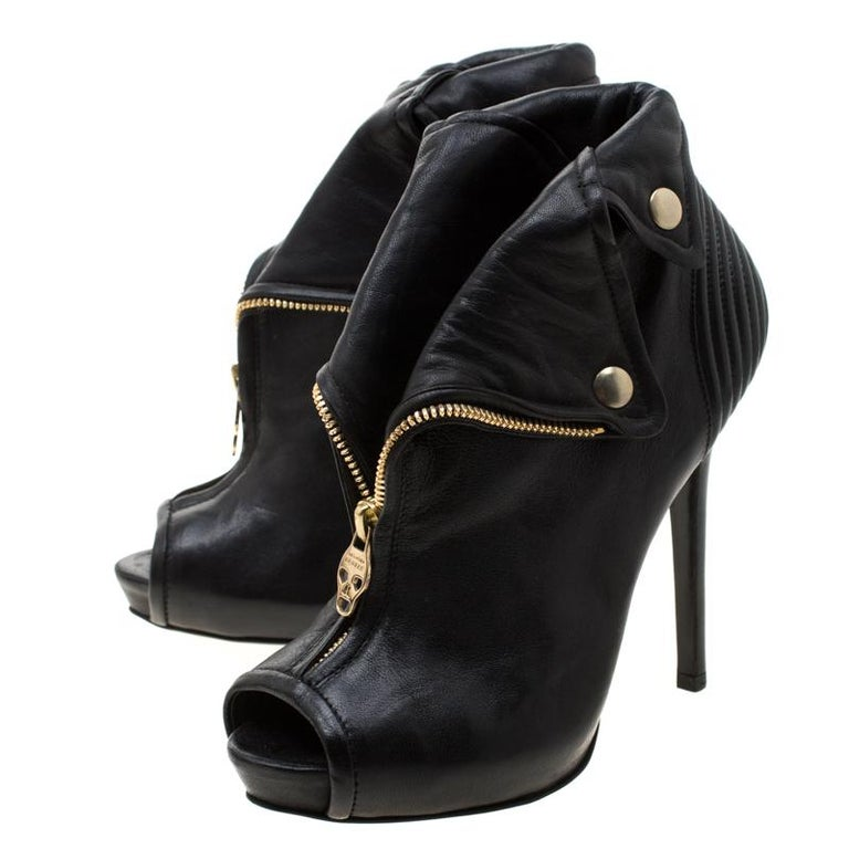 Alexander McQueen Black Leather Faithful Skull Peep Toe Ankle Boots Size 36.5 For Sale 3