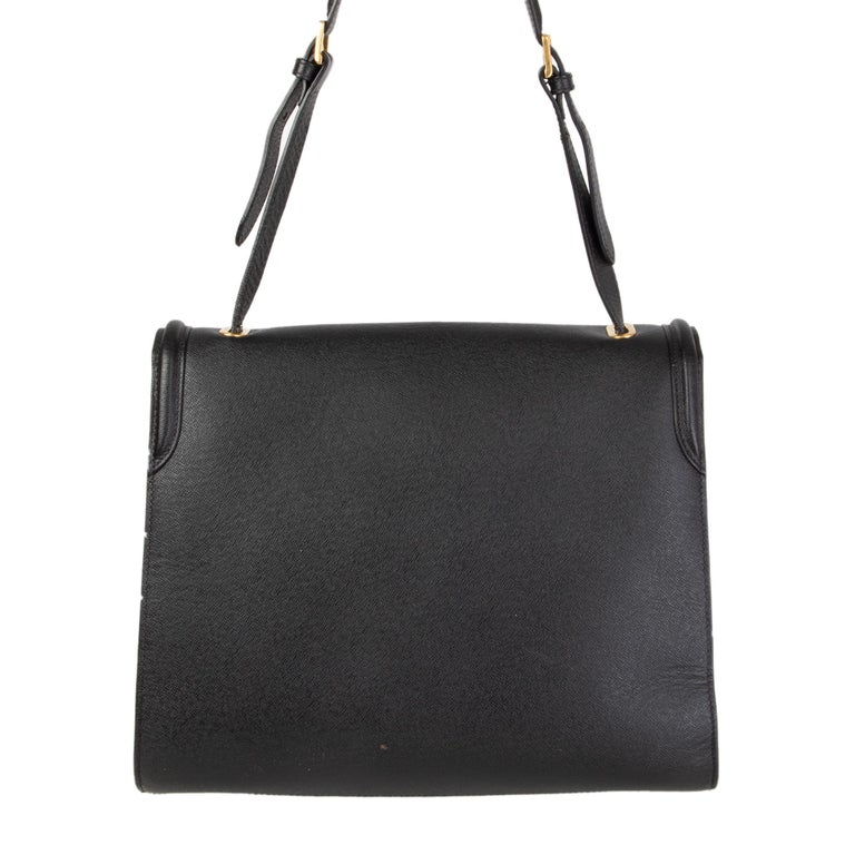 ALEXANDER MCQUEEN black leather HEROINE Flap Shoulder Bag In Excellent Condition For Sale In Zürich, CH