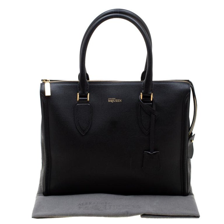 Alexander McQueen Black Leather Heroine Open Tote For Sale 7