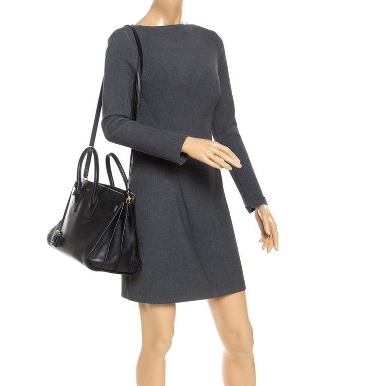 Alexander McQueen Black Leather Heroine Open Tote In Good Condition For Sale In Dubai, Al Qouz 2