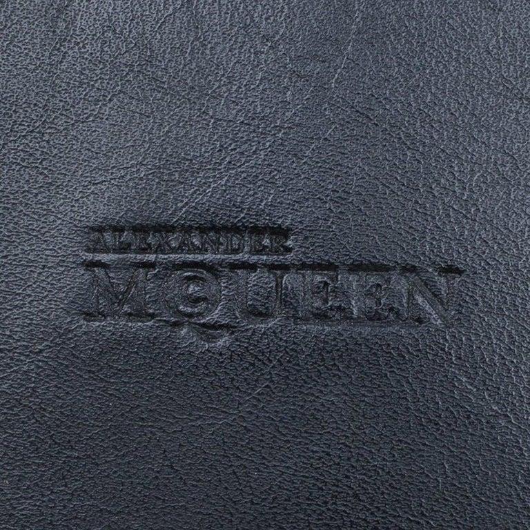 Alexander McQueen Black Leather Medium Heroine Tote For Sale 4
