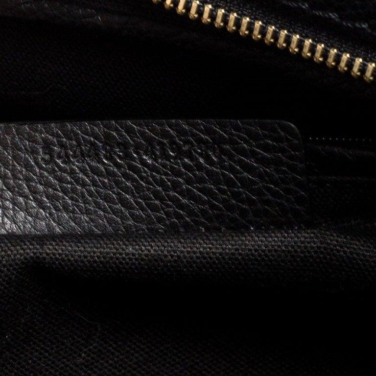 Alexander McQueen Black Leather Skull Padlock Tote For Sale 4