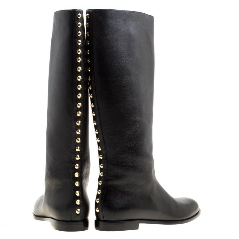 Alexander McQueen Black Leather Spike Trimmed Mid Calf Boots Size 40 In New Condition For Sale In Dubai, Al Qouz 2