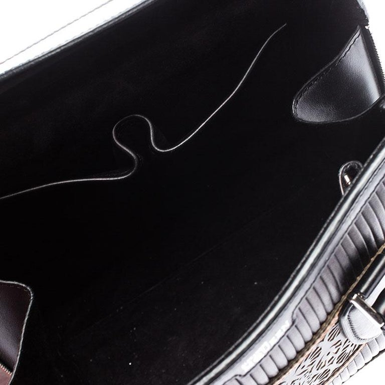 Alexander McQueen Black/Peach Laser Cut Leather East West Heroine Tote For Sale 5