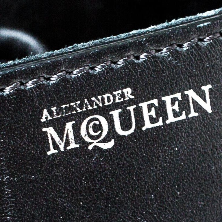 Alexander McQueen Black/Pink Leather Small Heroine Satchel For Sale 5