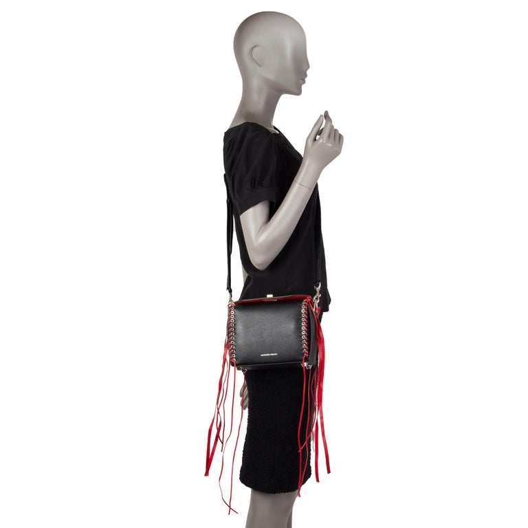 ALEXANDER MCQUEEN black & red leather BOX 19 WHIPSTITCH Bag For Sale 6
