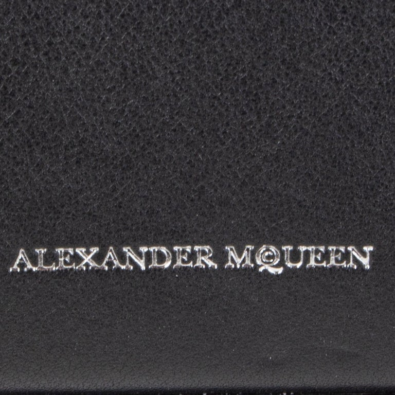ALEXANDER MCQUEEN black & red leather BOX 19 WHIPSTITCH Bag For Sale 2