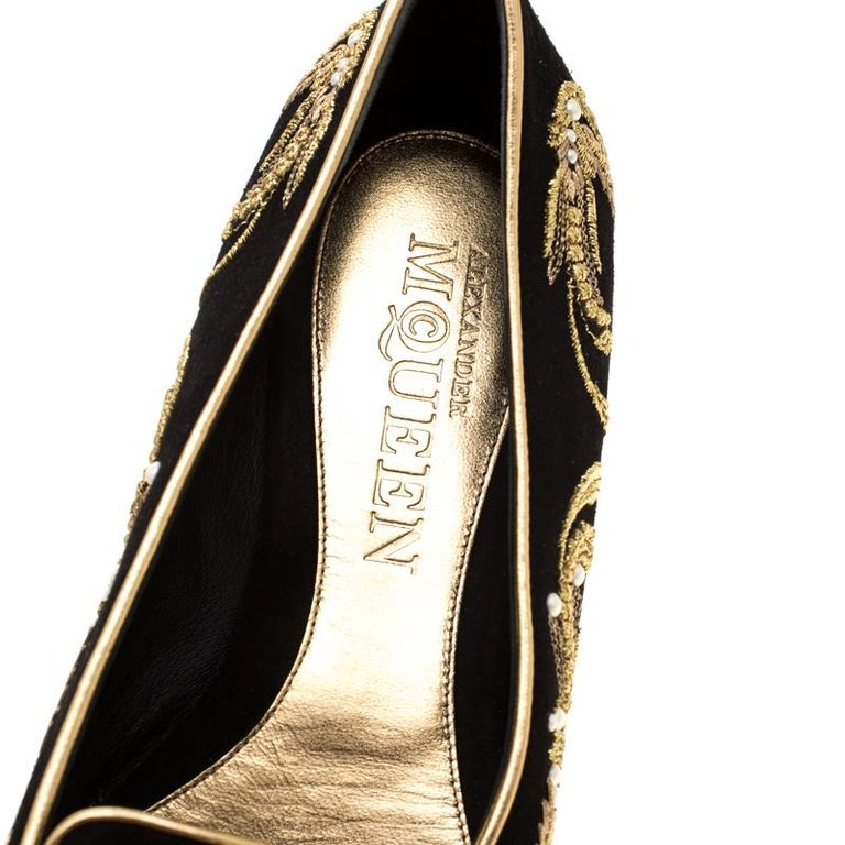 Alexander McQueen Black Suede Embroidered Smoking Slippers Size 39.5 For Sale 2