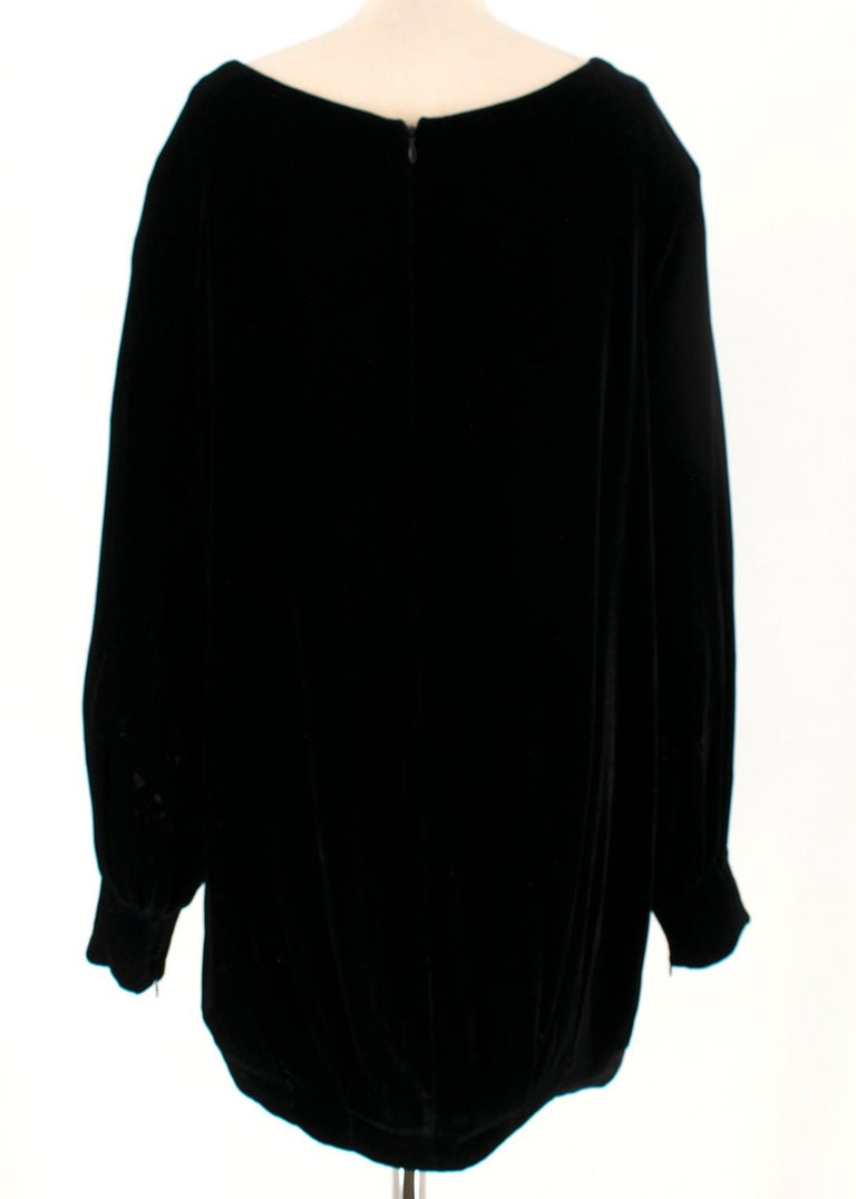 Alexander McQueen Black Velvet Long-Sleeve Mini Dress IT 40 In Excellent Condition For Sale In London, GB